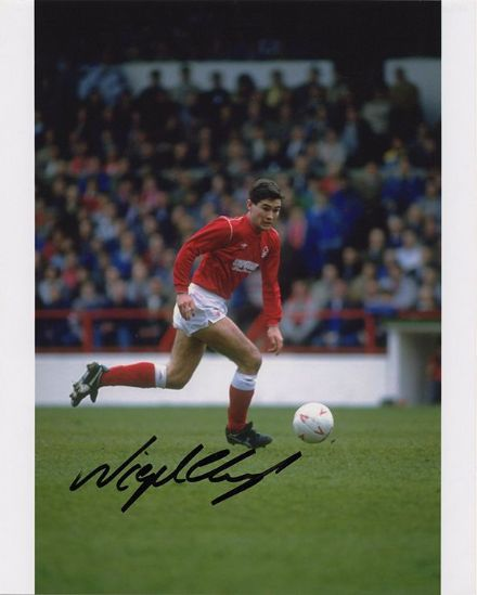 Nigel Clough, Nottingham Forest, signed 10x8 inch photo.